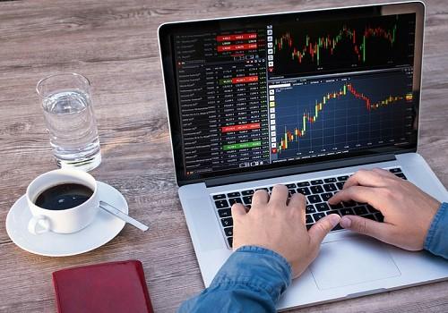 2020年7月1日股市收评:A股分化 沪指震荡走高站上3000点