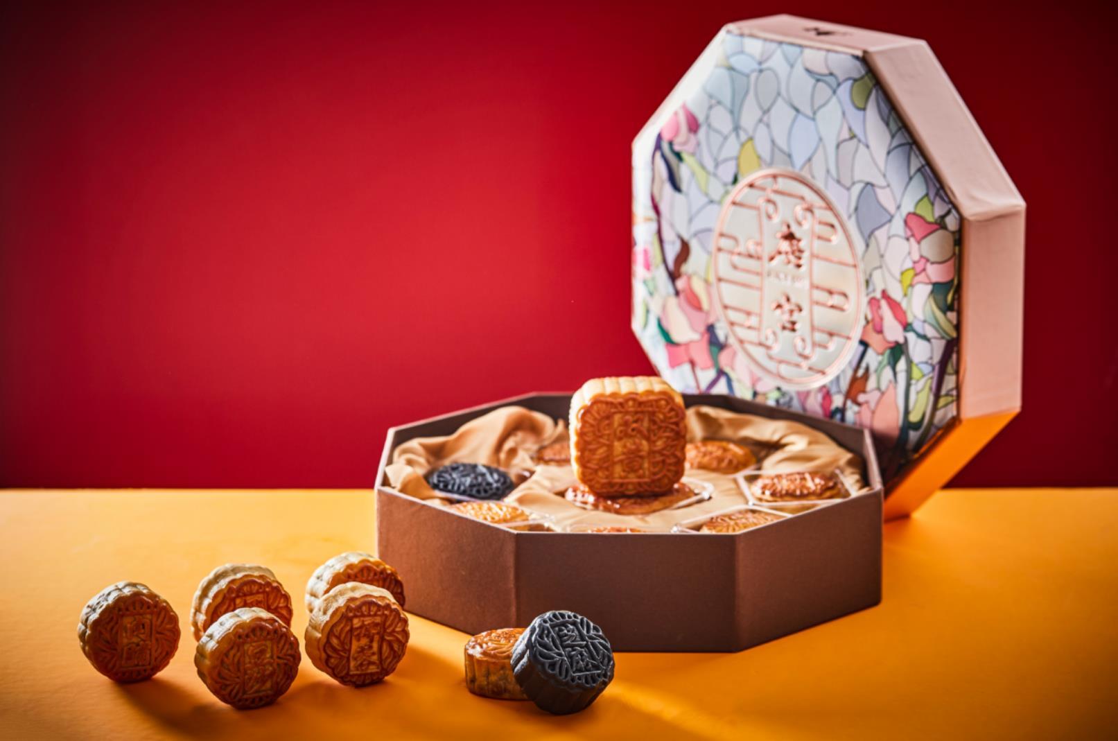 恪守港式月饼的传统工艺,2020年唐宫月饼率先启动上市